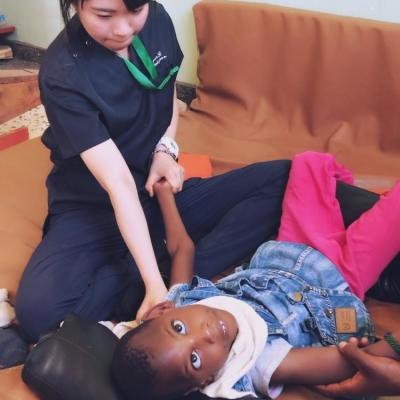 タンザニアで作業療法 中川智美